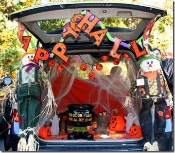 join us in the parking lot immediately following service for trunk or treat decorate your cars pass out halloween treats and stay for a sloppy joe lunch - Halloween Decorated Cars